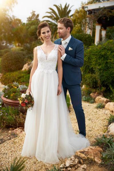 Jessie K – Tres Chic Bridal Wear